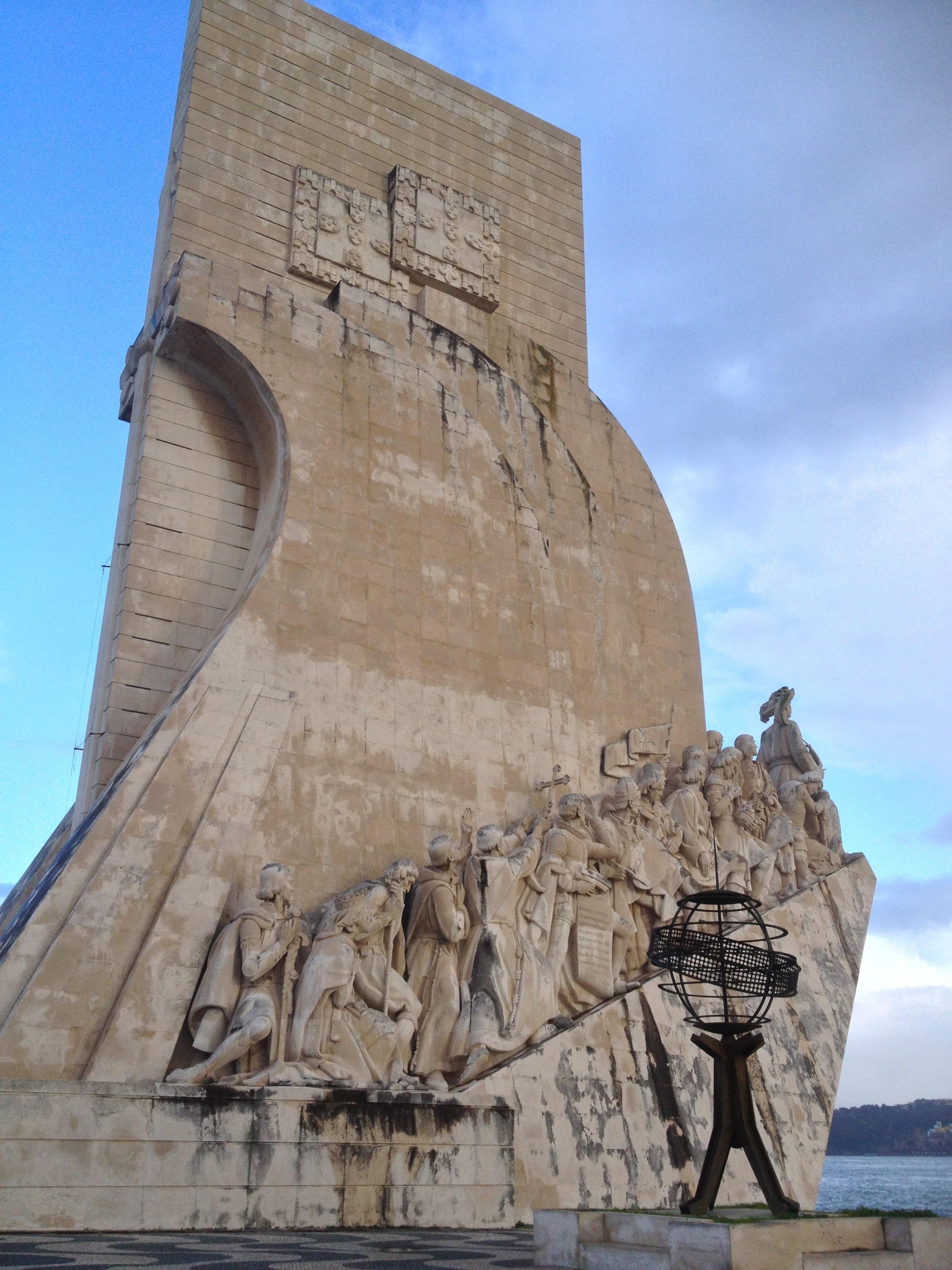VICTOIRE SANS MOUSTACHE MAIS AVEC LE DÉLUGE ! Le rendez-vous fut compliqué par les embouteillages et les aléas du RER, mais, finalement, nous décollons à destination de la capitale Lusitanienne. […]